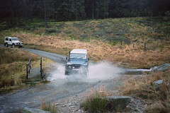 Nic's D110 Watercrossing (CovLtwt) Tags: wales 35mm wal dorc