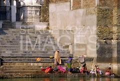 Serge Kozak Images: Washing, Udaipur, India (sergekozak.com) Tags: travel people woman india outside outdoors day many culture clothes bathe bathing custom washing cultural rajasthan udaipur ghat wwwsergekozakcom