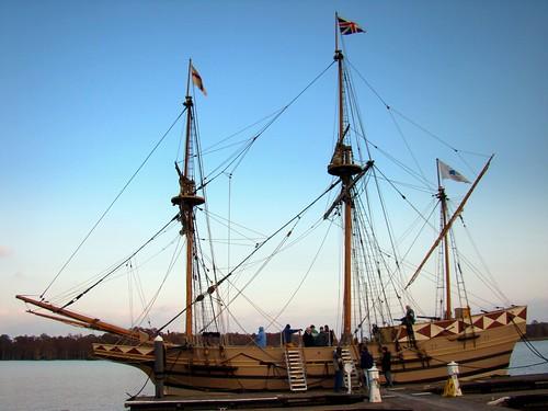 Godspeed docked at River's Rest Marina, Chickahominy River