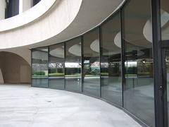 Hirshhorn Museum (of Modern Art) (catface3) Tags: windows glass museum reflections smithsonian curves explore hirshhorn hirshhornmuseum platinumphoto anawesomeshot catface3 clevercreativecaptures