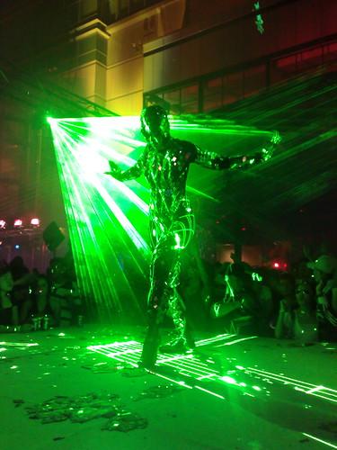 MidZone Countdown 2008 laser dancer.