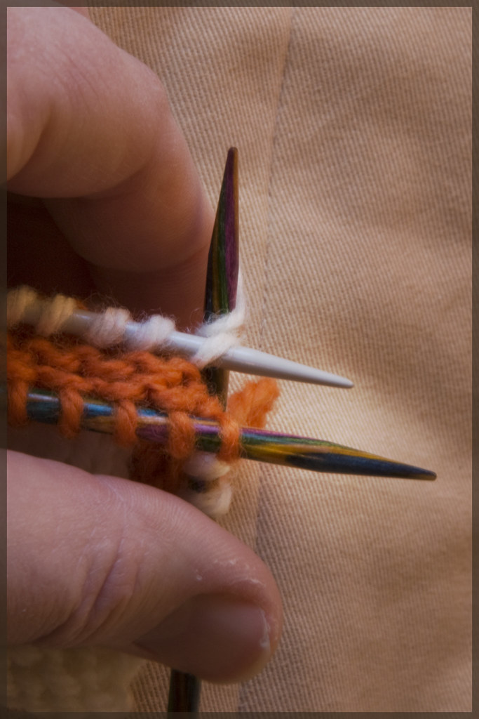 Knitting Together Live Stitches : P U L S H: How to Knit a Welt, a Ridge, a Pintuck: Texture!