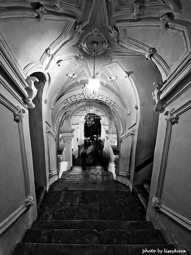 bw_stairway.jpg