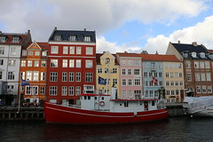 the colours of nyhavn (andy_porter69) Tags: nyhavn copenhagen denmark city scandanavia coloursofnyhavn colours colors boat