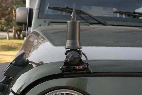 251106422131 as well Show Ur Different Cb Mounting Spots 112759 likewise 266341 Jeep Wrangler Jk also Page4 additionally 271913047117. on tj radio antenna