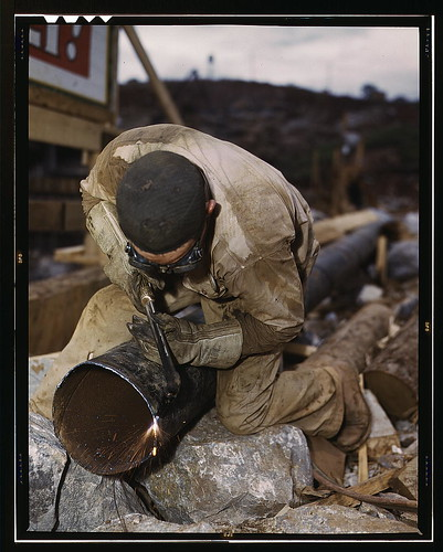 Welder at work on Douglas Dam, Tenn. (TVA) (LOC)