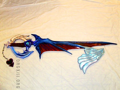 Riku's keyblade from Kingdom Hearts II (orgXIIIorg) Tags: costumes anime costume wings key cosplay painted handpainted convention costuming 2008 props prop weapons riku kingdomhearts yui ohayocon kingdomhearts2 keyblade kingdomheartsii waytothedawn