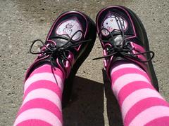 sorry to everyone i mocked in HS for wearing creepers (Lorena Cupcake) Tags: feet socks shoes heels kicks shoegazer kneehighsocks lowerhalf otks