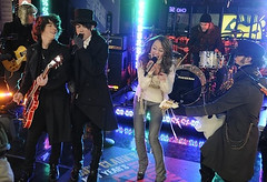 Jonas Brothers and Miley Cyrus Dick Clark Rockin New Years (Future Mrs Nicholas Jonas) Tags: new kevin brothers dick nick joe clark jb years cyrus jonas rockin miley jonasbrothers mileycyrus nickjonas kevinjonas joejonas