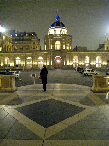 Mitchell Baker (Mozilla) leaving the French Senate after her day there