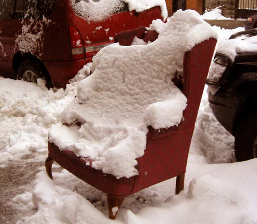 Huron Street Comfy Snow Chair