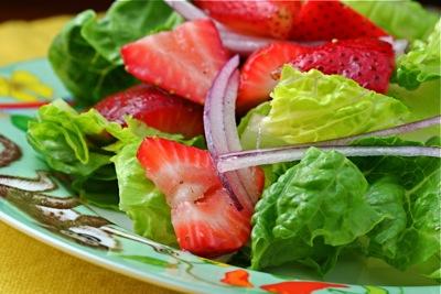 strawberry wine vinaigrette