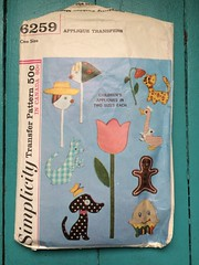 Simplicity 6259 (kittee) Tags: kittee vintagesewing vintagepattern sewing pattern simplicity vintage simplicity6259 6259 onesize 1965 1960s applique transfer humptydumpty gingerbreadman sailorgoose tulip cat flower dog butterfly kangaroo joey stickman stickwoman stickpeople