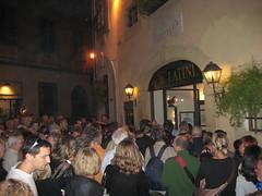 Firenze: Restaurant Il Latini: wachtrij