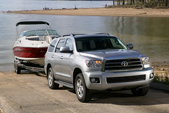 The new 2008 Toytoa Sequoia towing.