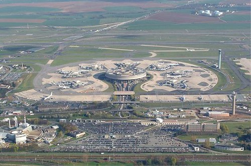 Biggest Longest Largest Objects In The World WondersWorldcom - Biggest airport in usa