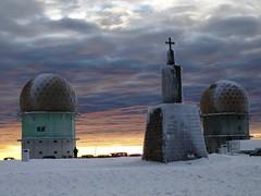 postos-vigia (lobotomyzed) Tags: snow portugal estrela da neve serra