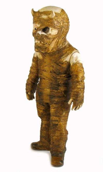 mummy 400x667