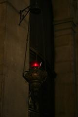 赤いランプ:どことなく中東的な雰囲気を感じるのは私だけ?
