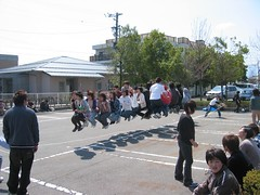 Group jump-roping at the Matsumoto Castle! (dbray46) Tags: 2005 people favorite castle students japan kids asian fun japanese cool jump jumping parkinglot funny asia action random candid group rope jumper suspended mass matsumoto simultaneous nagano jumpers japon jumprope impressive hovering hover simultaneously jumpingrope jumproping matsumotocastle hirajiro higashichikumagun
