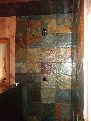 Nocturne suite shower