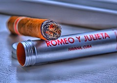 Romeo y Julieta en HDR--Over 3k views