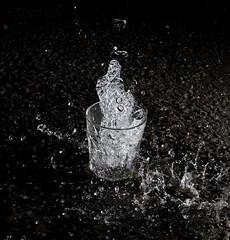 Blixtrande vatten