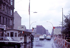 Berlin - Checkpoint Charlie (1963) (roger4336) Tags: berlin wall germany deutschland charlie charley eastberlin checkpointcharlie mauer 1963 westberlin ostberlin