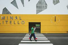 Moderno vitruviano (Simone.Marengo) Tags: vitruvian modern street colours yellow people art italy station train architecture urban life