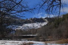 Vollèges (bulbocode909) Tags: valais suisse vollèges valdentremont montagnes nature hiver neige arbres forêts nuages bleu paysages branches