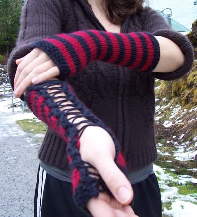 Punk Rock Corset Gloves   Free Pattern The Running Yarn