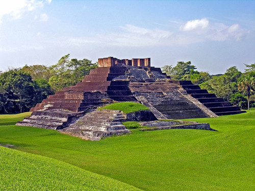Mexico-3070 - Comalcalco - the only Mayan Brick Pyramid