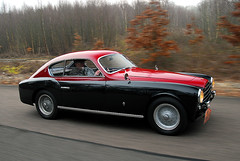 Ferrari 195 (michaelward_autoitalia) Tags: red black moving ferrari rolling tracking 195 v12 mwp longcross autoitalia michaelwardphotos cartocar car2car talacrest wwwfacebookcompagesautoitaliamagazine233490606722049