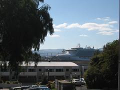 The Sapphire Princess (miasmakat) Tags: camera ship hobart tassie