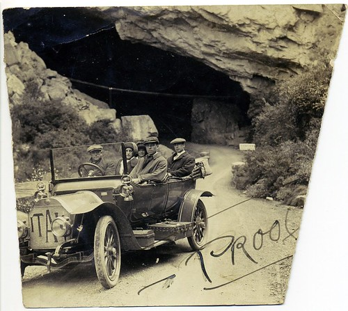 Rod and Ruby Whyte on honeymoon at Jenol by Blue Mountains Library, Local Studies, on Flickr