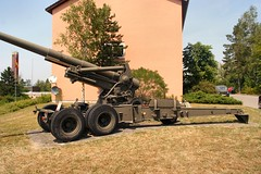 """155mm Long Tom 10 • <a style=""""font-size:0.8em;"""" href=""""http://www.flickr.com/photos/81723459@N04/33047053745/"""" target=""""_blank"""">View on Flickr</a>"""
