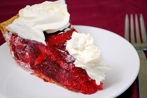 What's Cookin, Chicago?: Icebox Strawberry Pie