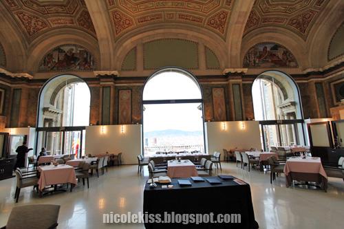 cafe inside Palau Nacional