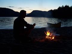 ...et qui se prolongent... (louuiss) Tags: camping nature quebec outdoor lac tent rivire canoe qubec canoeing paysage campsite canot tente pleinair mkinac louuiss