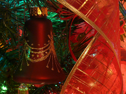 The Christmas Bell is Ringing by frazz46.