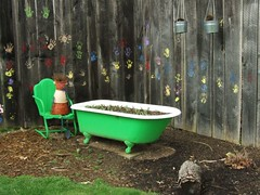Tubby (wjh220swift) Tags: usa art america garden unitedstates explore tub bathtub tubby avantgarden instantfave thebathtub eyeofthephotographer cleverandcreativecaptures