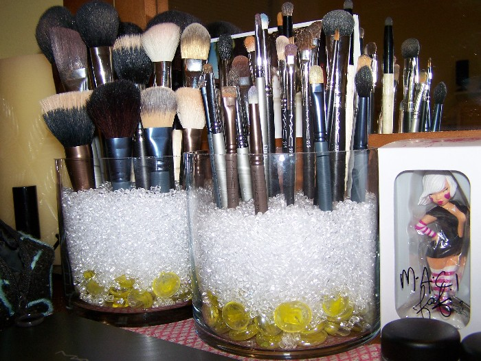 brush holder beads. for those that dont know everything you need to is here: youtube - sephora inspired brush holder beads p