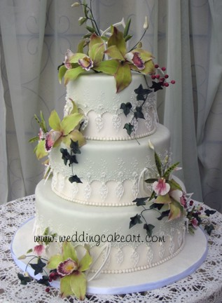Gumpaste flowers and decorations Royal icing lace pieces See more Wedding