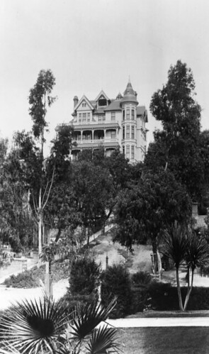 Crocker Mansion