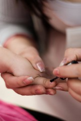 I wanna grow up to be just like you (pqpqpq) Tags: girl glow nail teenager nailpolish growingup nikond80
