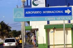 Cozumel Aeropuerto sign
