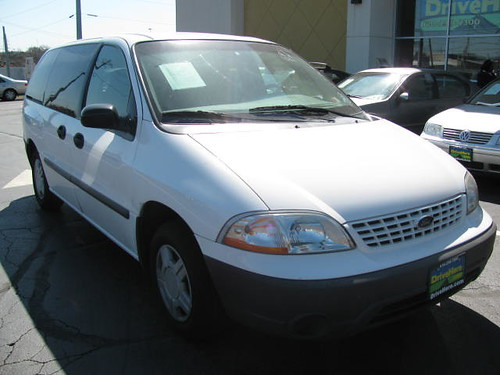 Great Deal, Ford Windstar 2001 here at Drivehere.com for only $500.00 Down Payment