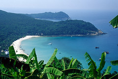 Perhentian Kecil (Malaysia) View from the hilltop ( V ) Tags: beach nature asia southeastasia malaysia perhentian kecil 5photosaday ilobsterit