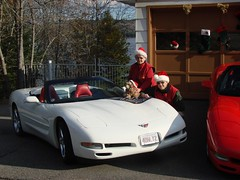 Xmas at Cromwell's in Nov 092 (redvette) Tags: christmas corvette rongould annegould redvette tomhiltz