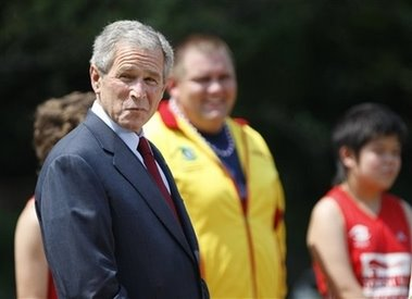 Bush+&+the+Special+Olympics+Global+Law+Enforcement+Torch+Run+Ceremony+++2